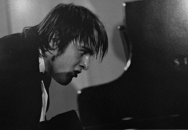 pianista-claves-músico-de-hoy