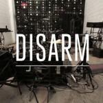 La música de las armas – Disarm
