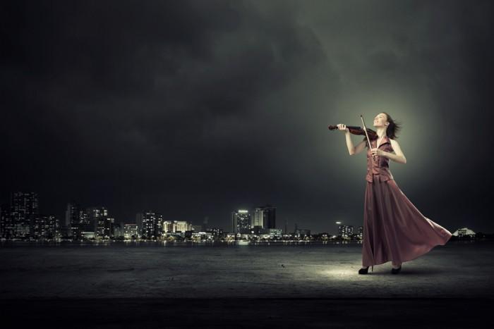Respirar mientras tocas un instrumento musical
