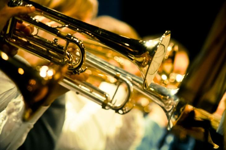 músicos de orquesta - viento metal