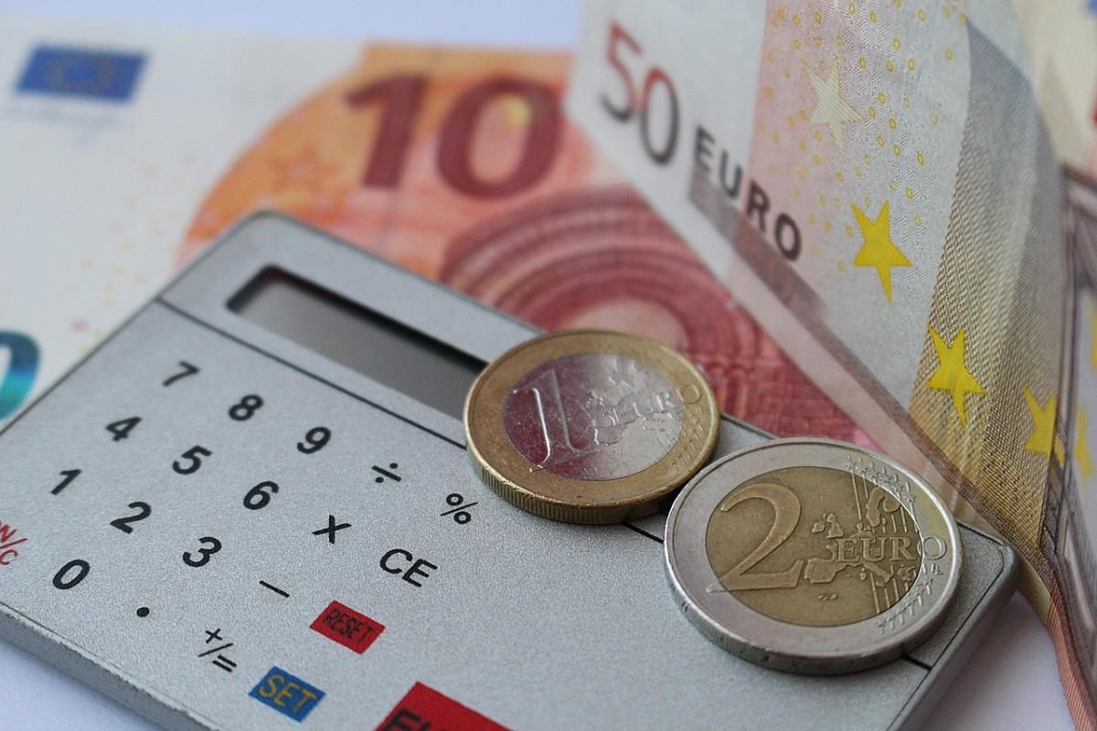 ánimo-de-lucro-billetes