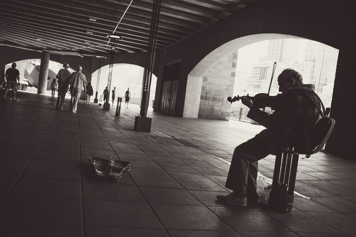músico-freelance-calle