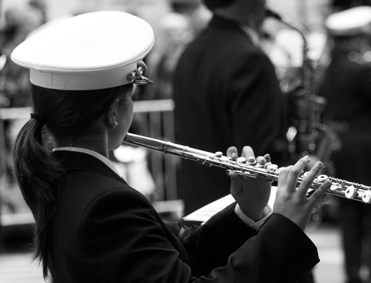 dolor musicos flauta