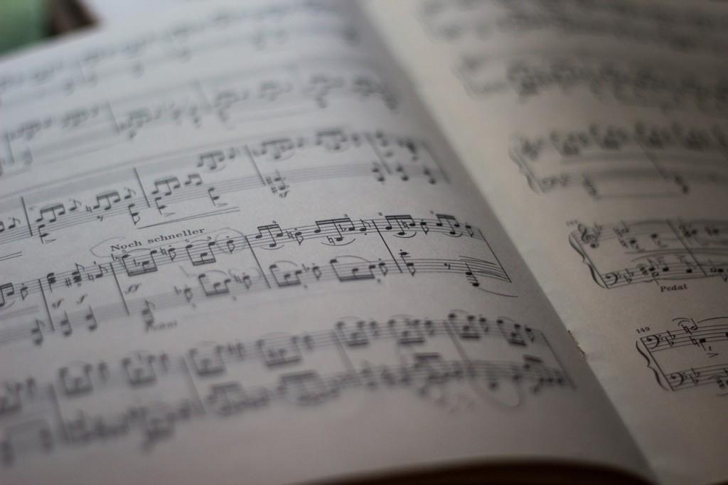 notacion-musical-partitura-tocar-de-oido